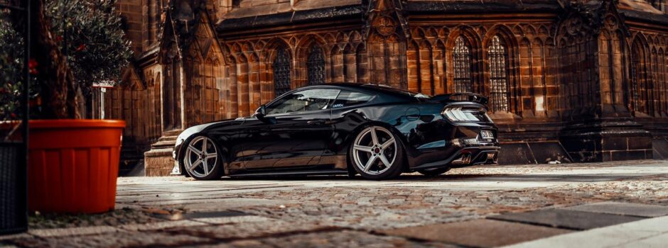 Ford-Mustang-Baggedparts-Luftfahrwerk-Airride